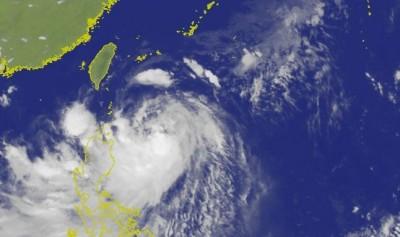 北強風、南豪雨!1張圖看懂白鹿颱風各地風雨時程