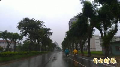 台南午後風雨加劇  黃偉哲籲市民勿外出