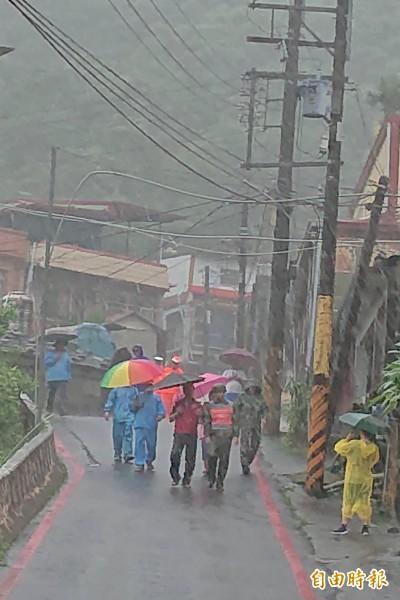 風雨漸明顯 屏東來義撤離269人