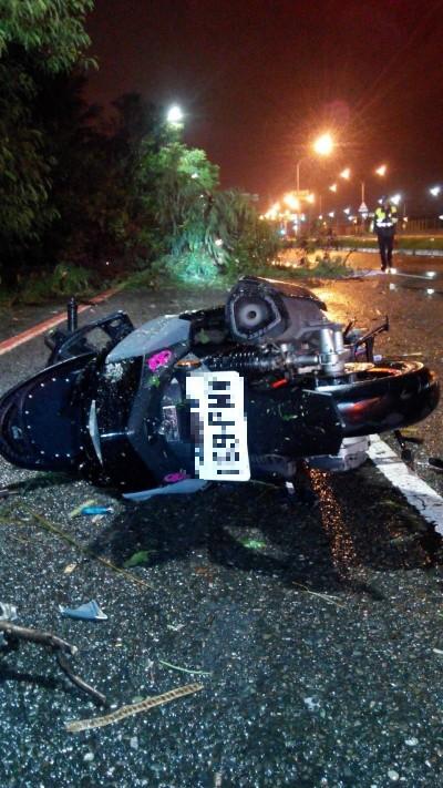 離奇!18歲少年颱風天「撞樹」 胸口插滿樹枝身亡