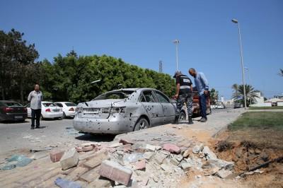嚇死!利比亞機場2客機降落 飛彈突然襲來...
