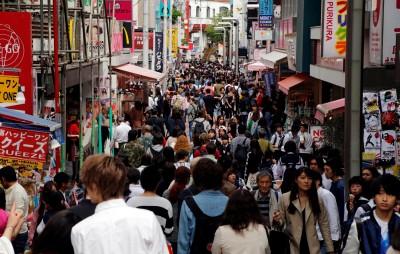 日本人口高齡化 國民年金穩定減少