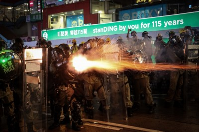 反送中》累計拘捕1117人 港警:8/31出現百枚汽油彈