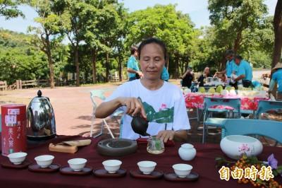 品東方美人茶、訪頭份後花園 流東社區擺茶席、美食迎賓