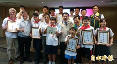 國際數學競賽奪金 小一葉韋頡:不准算數學比罰站更難受
