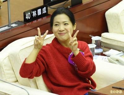 批評韓團隊臉書遭灌爆 徐巧芯回擊引筆戰