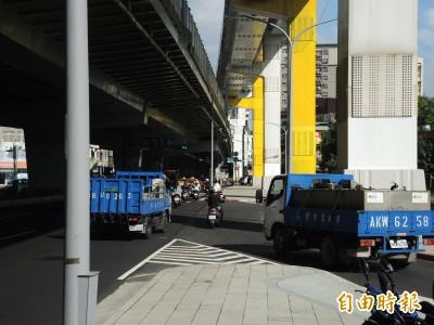 新北環狀線將完工通車 板橋民生路出現恐怖陷阱!