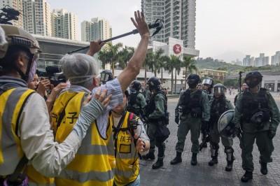 美兩黨議員催生《香港人權及民主法案》外媒:北京如芒在刺