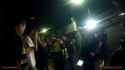 高雄瑞豐夜市青少年聚眾 快打部隊逮5人阻火拚