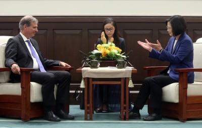 蔡總統接見美副助卿:盼透過印太對話分享台灣經驗