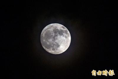 快揪團烤肉開趴!中秋節好天氣 桃園以南可清楚賞月