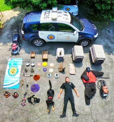 狗兒秀裝備…中市警犬隊開箱文 割草機也上陣