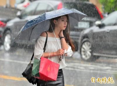 北台灣今天下小雨 早晚溫差6~7度 白天高溫30度以上