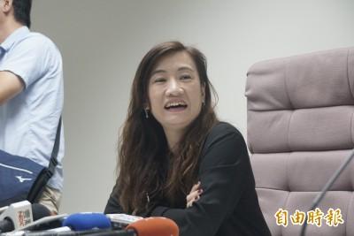 保證市長不會請假?王淺秋反嗆:你可以保證不離婚?