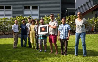 拍到首張黑洞照片! 中研院團隊奪科學界奧斯卡獎