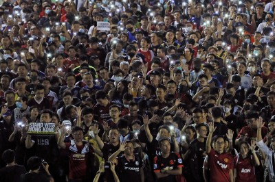 反送中》團結堅持「五大訴求」 香港足球迷宿敵大和解!
