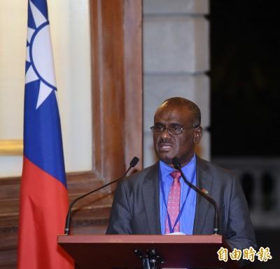 中國重金收買10位索國議員 訪台外長馬內列也在列