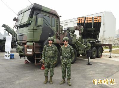 「雷霆2000」多管火箭有兩千管? 國防部一次說分明