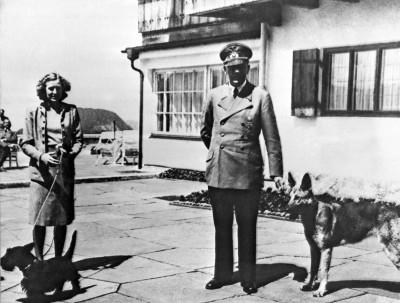真的穿過?希特勒妻子內褲拍賣 收藏家搶購一空