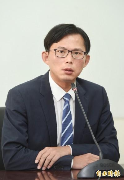 助理辦公室咆哮官員  黃國昌道歉