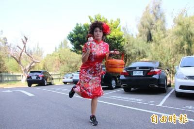 「媒人婆」跑全馬登國際賽場 「苗栗林志玲」要讓世界看見家鄉