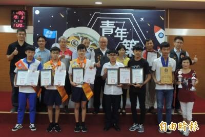 6高中生獲國內外大獎 徐耀昌讚「苗栗之光」