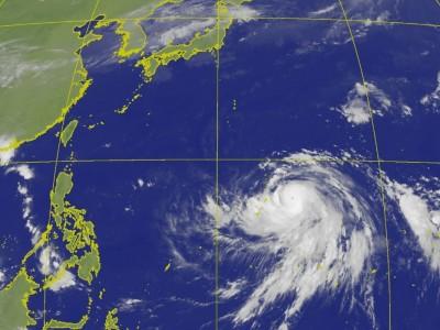 「哈吉貝」已變中颱! 週末恐以強颱威力直撲日本