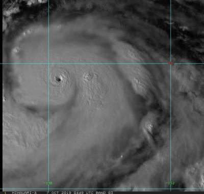 「哈吉貝」開眼清晰可見  超快速增強挑戰今年最強颱