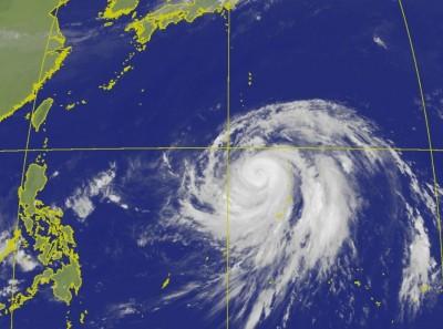 颱風眼僅6公里!「針眼」哈吉貝重整中 強度恐再創新高