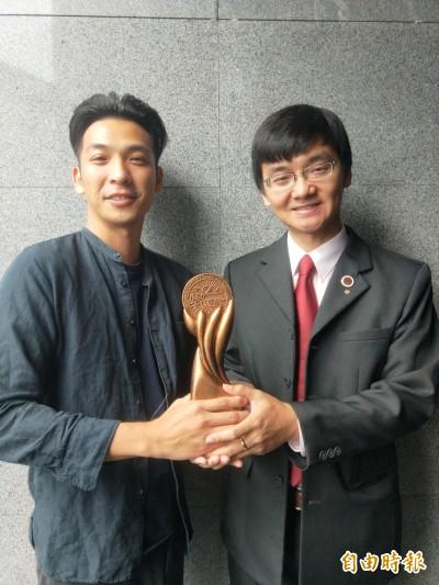 與環境共好 青農葉家豪、蔡威德獲「農村領航獎」