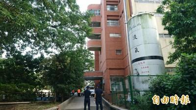 新營醫院驚傳墜樓意外 77歲住院男病患當場死亡