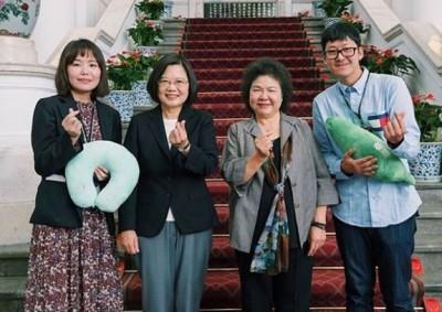 喜曝住總統府心得! 韓國旅遊部落客大讚小英「陽光般溫暖」