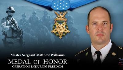 敬禮!綠扁帽槍林彈雨中救出4重傷同袍 獲頒榮譽勳章