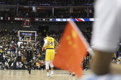 用人民幣抵制 NBA!深圳賽一票難求 黃牛票價翻兩倍