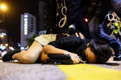 香港堪比南京大屠殺!顏擇雅:女性遭姦殺引發憤怒