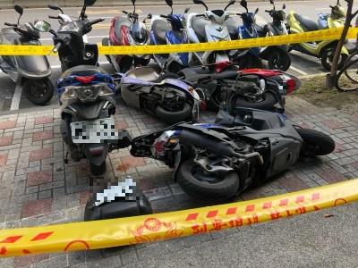 疑癲癇發作  男駕車衝撞機車行人 3女輕重傷送醫