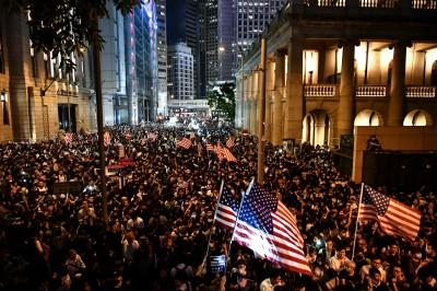 美參議員警告香港恐成警察國家 另籲示威者不要模仿北京
