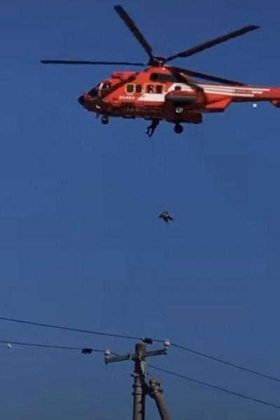 驚!日直升機救援老婦「40公尺高空墜落」影片曝光