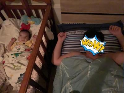 神複製?她PO出兒子與老公睡相 網笑:果然是親生