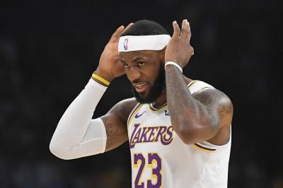 南方四賤客續向中國開砲! 暗諷NBA詹姆斯「舔共」