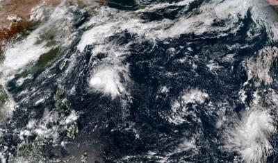 模擬路徑圖曝光!西太平洋熱低恐成「浣熊」颱風近台