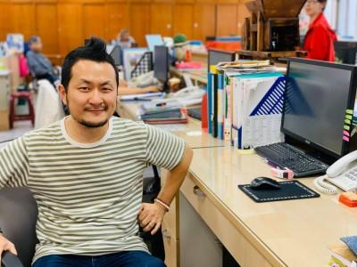 九把刀問「最可恥職業」 網友一面倒:香港警察