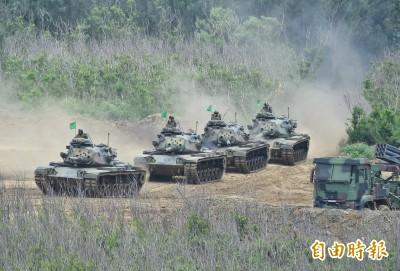 馮世寬專訪》學童驚看戰車進駐  大鵬這樣笑答...