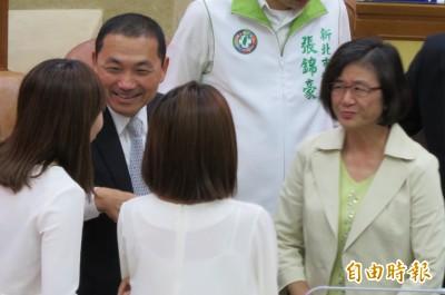 議員問「韓國瑜要不要看醫生?」侯友宜解釋爆笑原因
