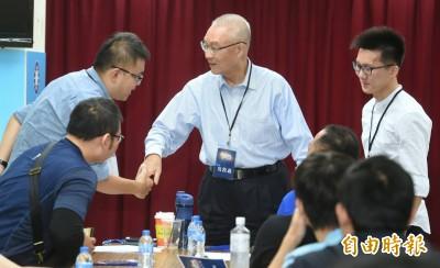 韓國瑜推薦立委不分區 吳敦義只說都在考慮中