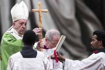 千年禁令將解除?主教峰會建議亞馬遜已婚男當神父