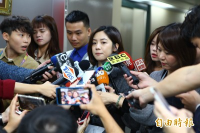 疑遭性騷擾「學姊」封口不談 黃珊珊:一個月交調查結果
