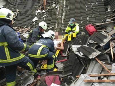 疑不堪豪雨 宜蘭老三合院倒塌壓傷遊民