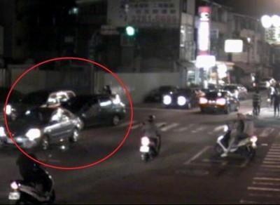 2車擦撞自認沒錯 他先離開反涉肇逃被吊照