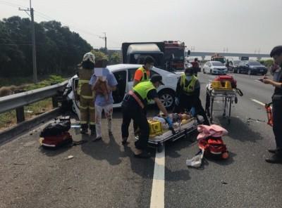 護理師國道遇追撞死劫 警提醒:保持車距、打警示燈